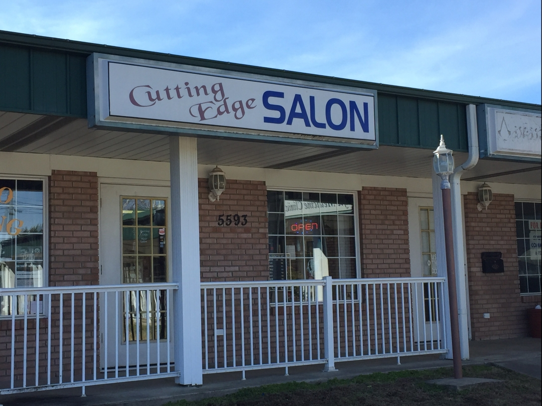 cutting-edge-hair-salon-greenville-nc-lynne.jpg